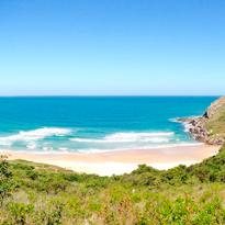 Conheça 7 praias belas e desertas no litoral brasileiro